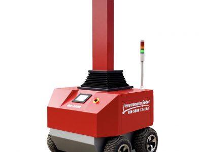 土壌の硬度と水分を自動測定するロボットを開発中